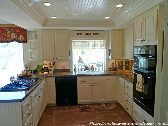 What Size Recessed Lights For Kitchen Captivating Lighting In Small Room At Dining